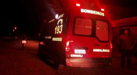 Bombeiros não conseguiram remover o corpo na noite de quinta-feira (11) pela falta de visibilidade durante a noite