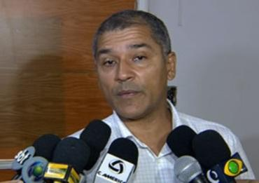 Euze Márcio Souza Carvalho,